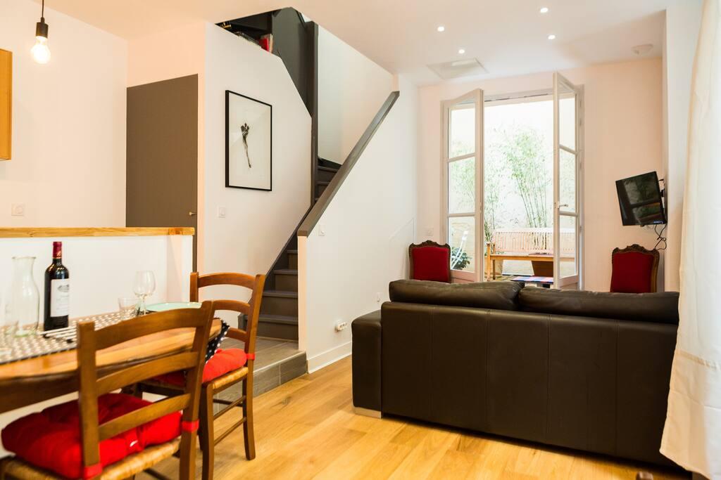 Le patio rue neuve duplex 50m2 calme class for Location appartement bordeaux 50m2