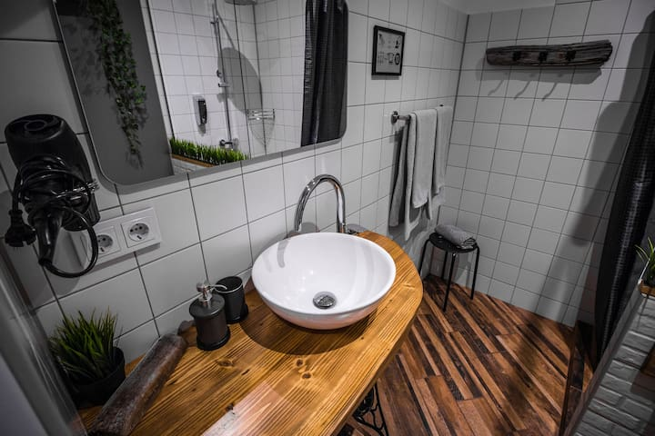 New Cozy 45 m2 Apartment in the City Center