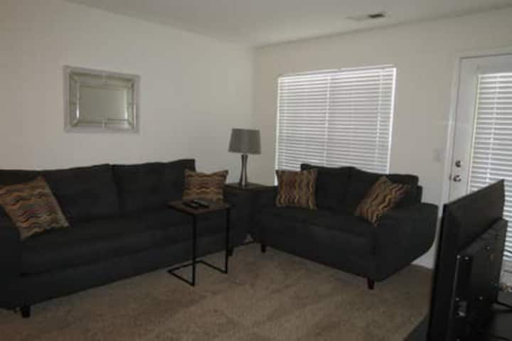 Entire 2 bedroom 2 bath first floor apartment