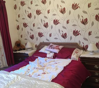 Double bedroom in relaxed home ....