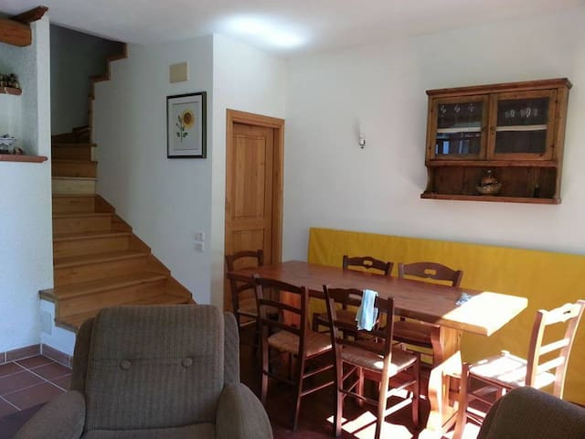 Casa Vacanza RITA - Pietralunga - Dom