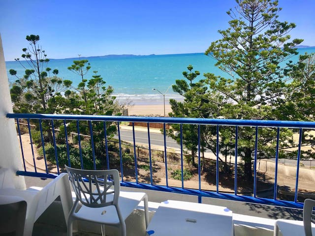 ♥Central Yeppoon Beach Retreat- sleeps 3-4, Aircon