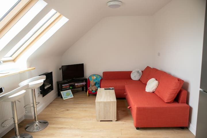 Common area with board games, Smart Tv including Netflix