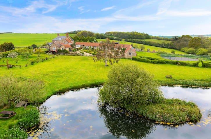 Rudge Farm - Thatchers Cottage