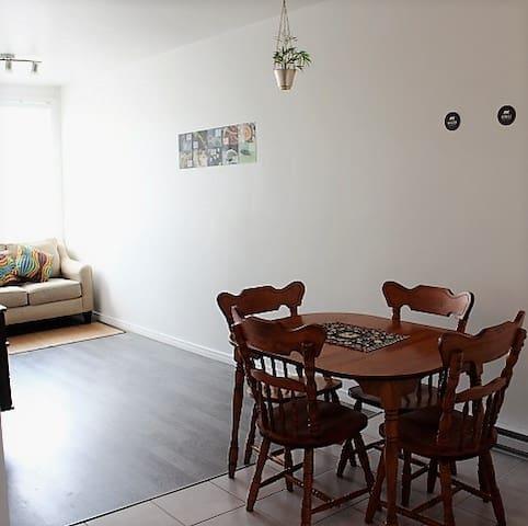 Charmant 4 pièces et demi à Saint-Roch - Ville de Québec - Apartment