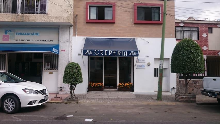 Guadalajara tradicional, 1 recamara, baño y cocina