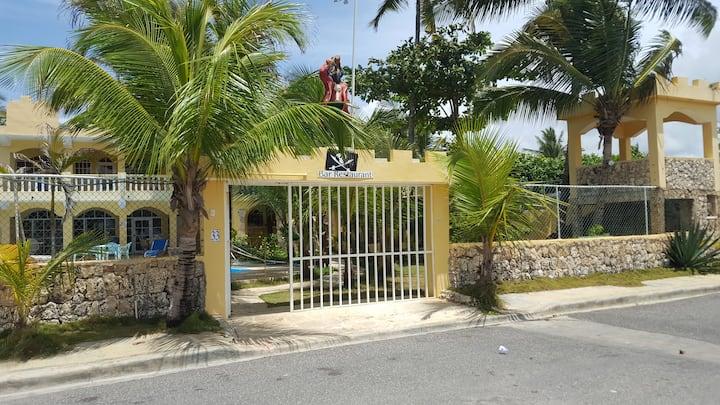 Villa DEl  mar Viejo Pirata 2, Boca de Yuma.l
