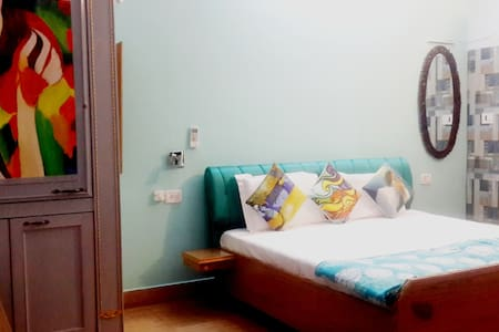HOMESTAY HARIDWAR-Deluxe Room SKY - Haridwar