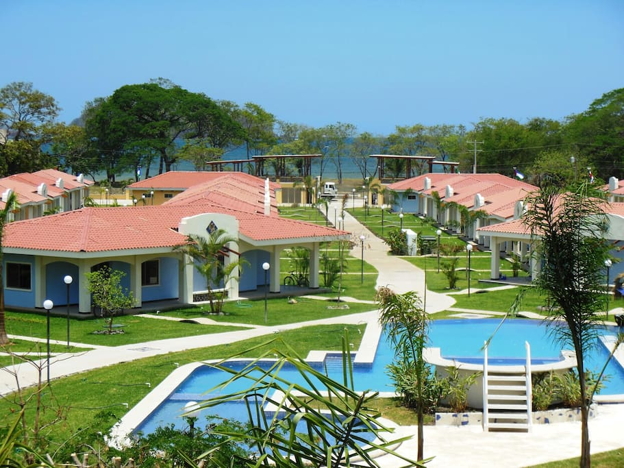 Villa MAGNOLIA AT at VILLAGGIO Sueno al MAR