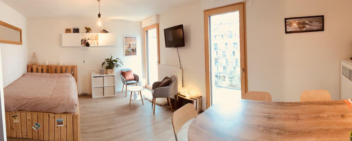 Studio cosy à 5min du RER