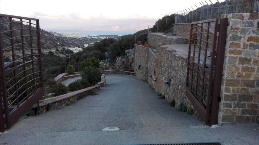 Villa Manolia - Σχίσμα Μέσα Λακωνίων