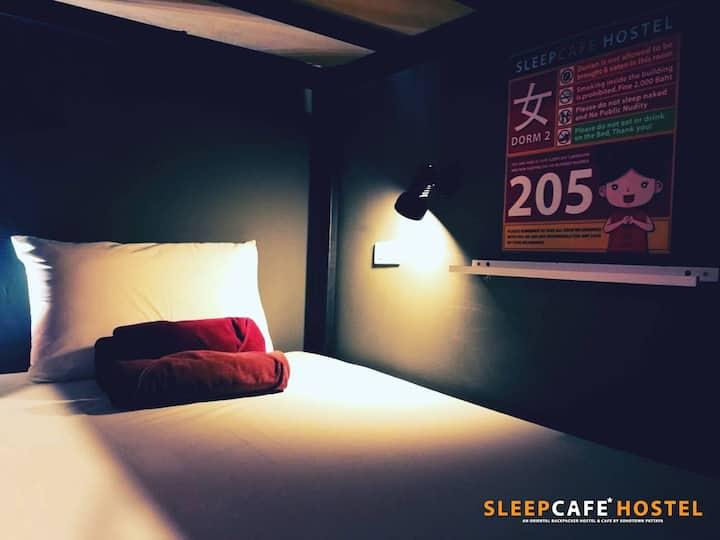 SleepCafe Hostel Male Dorm 1