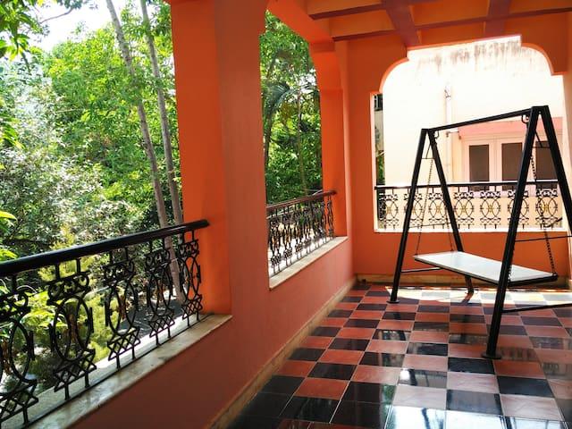 Traditional Villa + Private Bedroom + Wifi | Calm