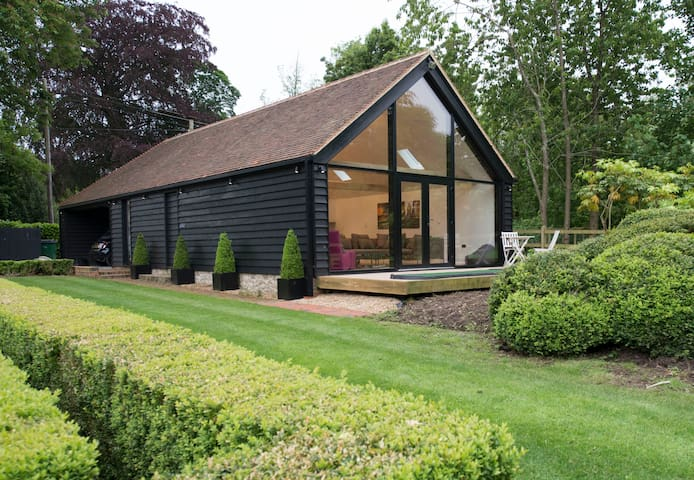 Contemporary Kentish Barn - Kent - Dom