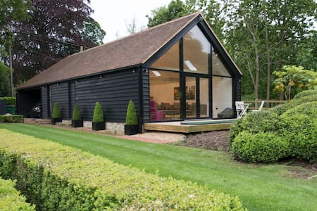 Contemporary Kentish Barn - Kent