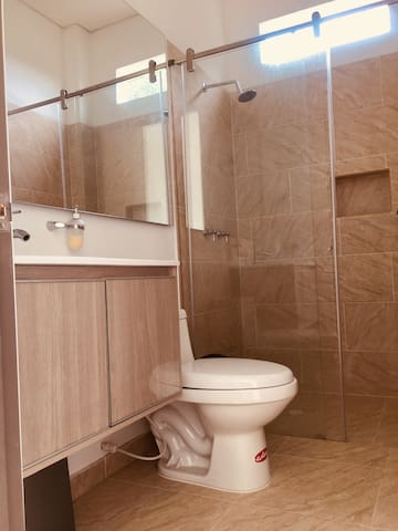 FOREST- REST ROOMS - 204