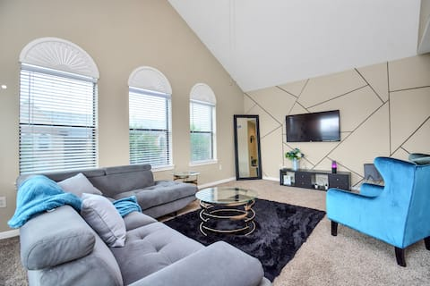 •VST Properties• A Cozy Home Away From Home!