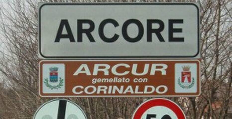 Bilocale in corte ad Arcore