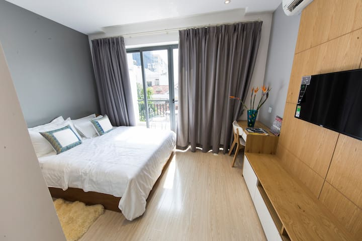 LUXURY SERVICED APARTMENT NEXT TO AIRPORT - Tân Bình - เซอร์วิสอพาร์ทเมนท์