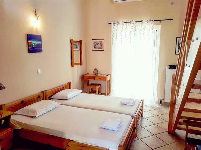 Apartment B in Villa Denastasia