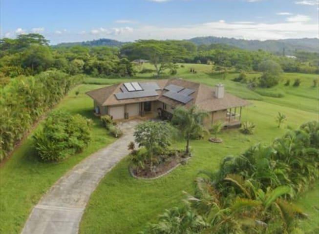 2B/2B North Shore Oasis w/ Breathtaking Views - Kilauea - Hus
