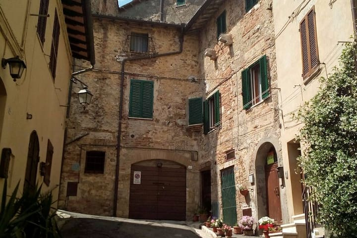 "Appartamento ""I Solitari"" in Toscana"