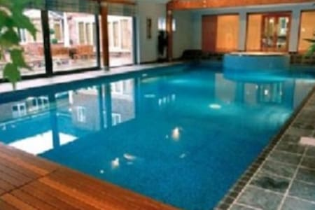 MAGNIFIC+++ENT 18TH CENTURY, 5* LUXURY/FITNESS SPA