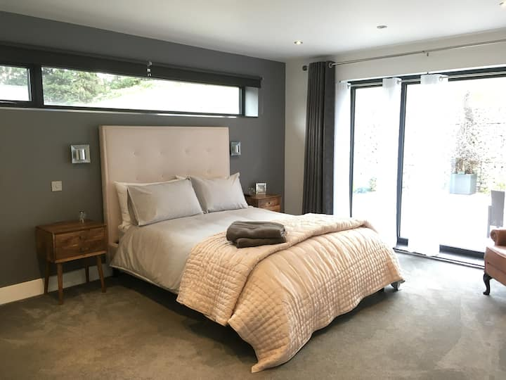 Whitstable Contemporary stay