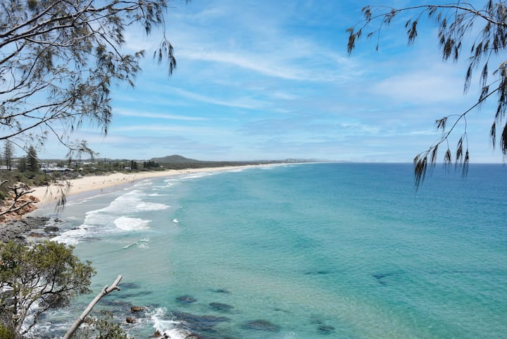 Coolum Beach Stylish Getaway - views, beachfront