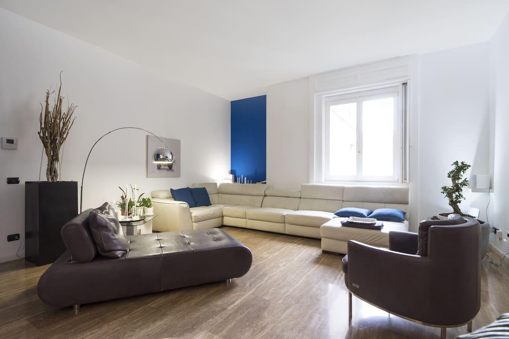 Milano centro suite appartamenti in affitto a milano for Appartamenti a milano centro