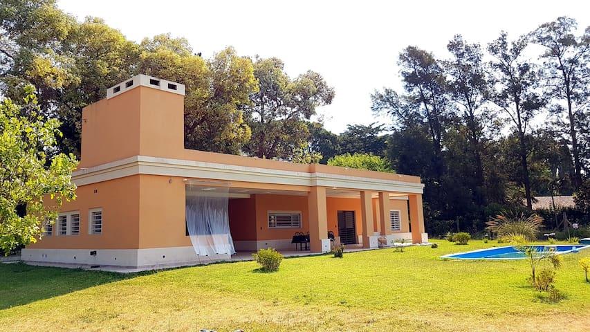 Casa quinta con piscina en San Vicente - San Vicente - House