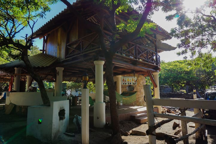 Ayahual Open Plan Beachfront House.