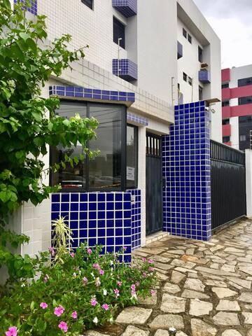 Apartamento Mobiliado a 200 m da Praia do Bessa