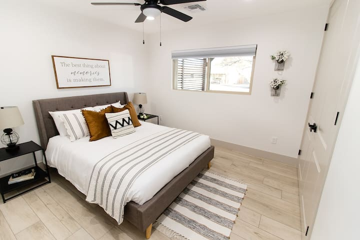 All the bedrooms in this home have room darkening shades to make sure the Arizona sun doesn't wake you up before you are ready.
