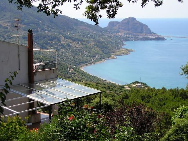 Cozy studio with amazing view over the sea - Cefalù - Appartement