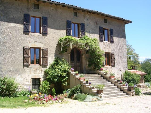 chateau de lantuejouls - Saint-Cirgues - Slott