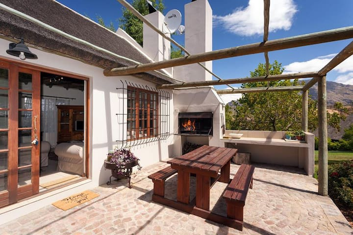 Tulbagh Mountain Manor Rose Cottage