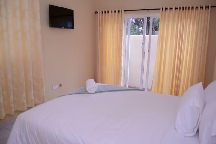 Mandara Guest House Mandara - Leopard Room