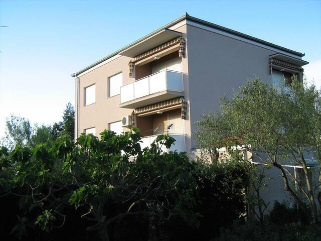 A4+1 - Lukoran - Wohnung