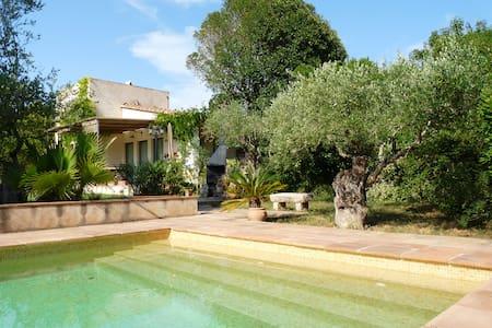 COUNTRYSIDE HOUSE in Baix Empordà - Parlavà - Casa