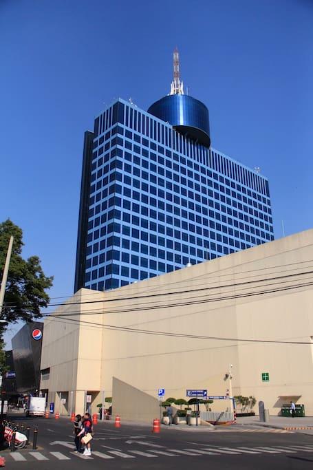 WTC a unos pasos, si vienes de negocios o quieres pasear en los alrededores.