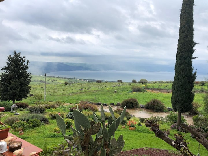 Pinabagalil  sea of the galilee .studio apartment.