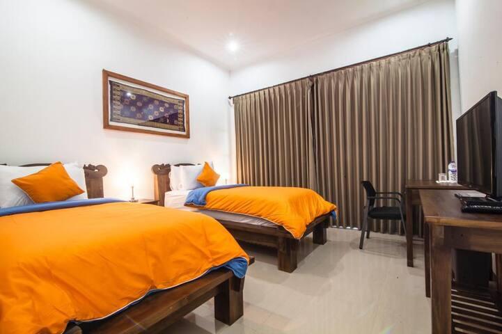 Wiras Village Canggu  Deluxe Twinbedroom2