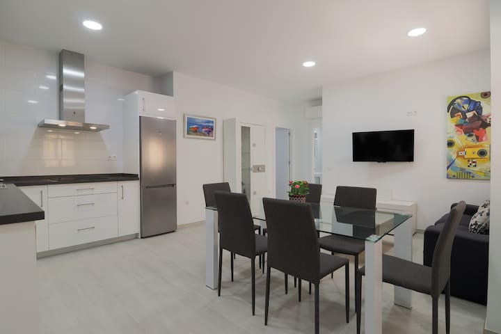 New 2 Bedrooms Plaza de La Merced