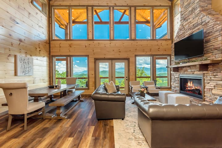 New Cabin w/ Private Indoor Pool & View!
