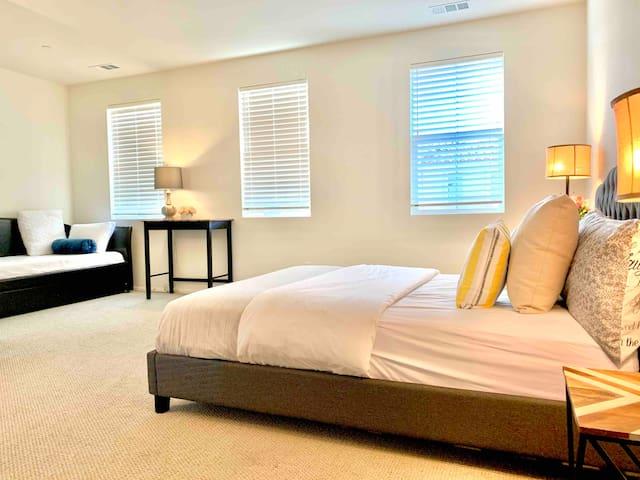 Entire Top Floor Guest Suite Giant Luxury Bedroom
