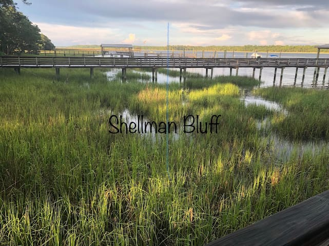 The Hideaway at Shellman Bluff