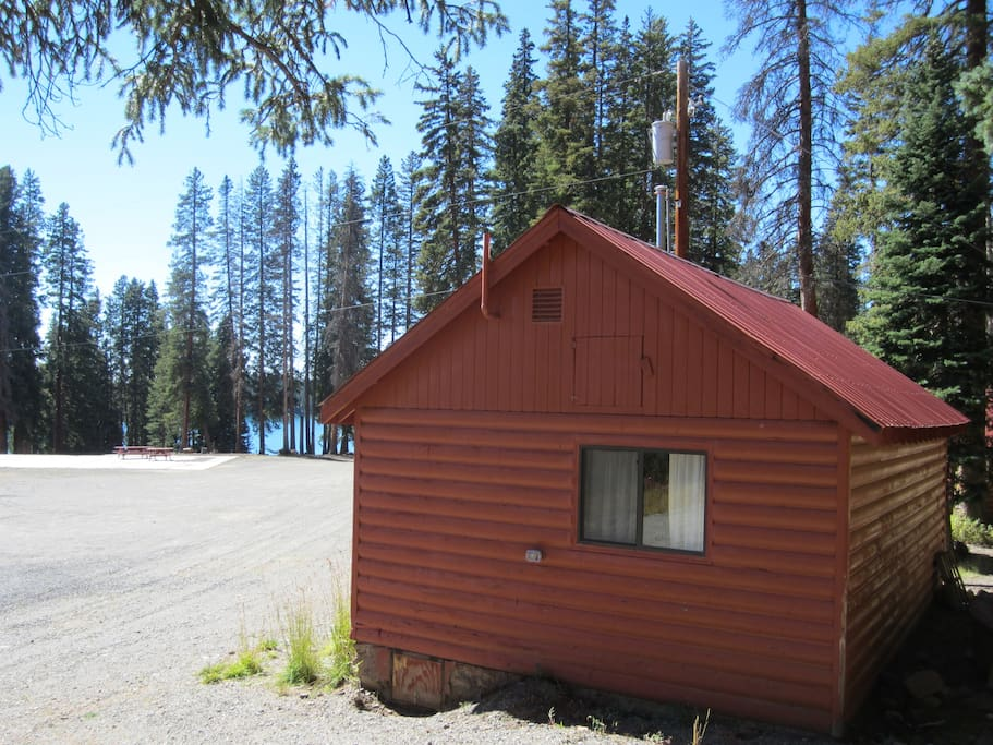 Cabin 6 looks out over the common areas and Deep Ward Lake.