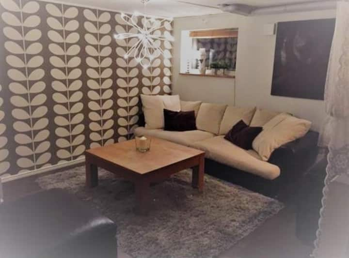 Lovely double bedroom 10 min from city central