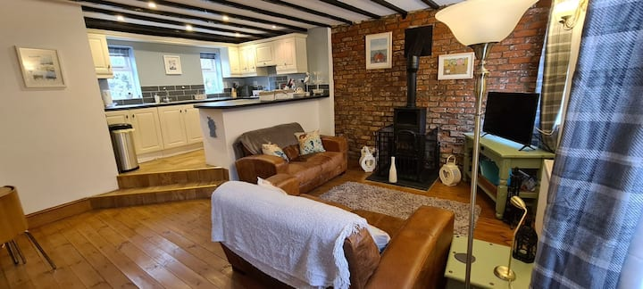 Super Dog-Friendly, Cosy Retreat